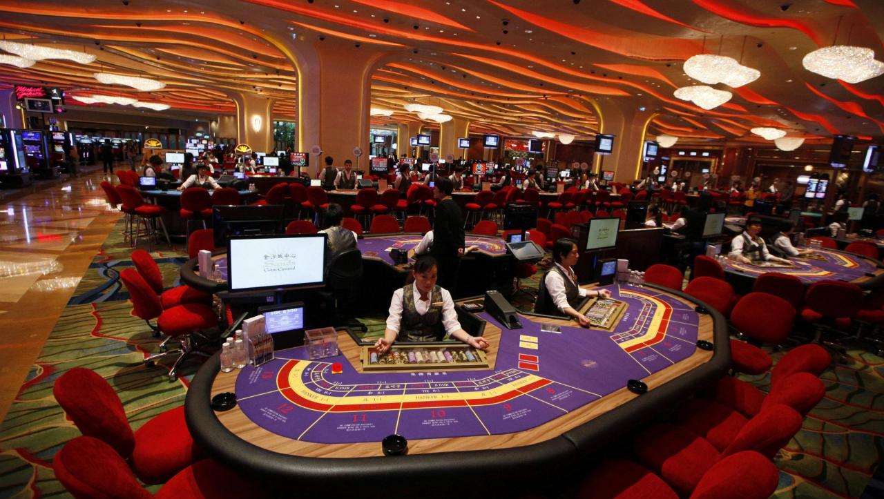Macau's casinos have a dangerous addiction to baccarat — Quartz